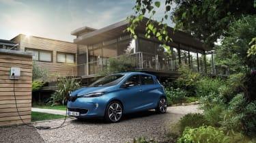 Renault Zoe 2017 - front charging