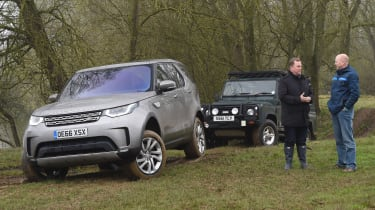 Land Rover Discovery HSE Luxury - front