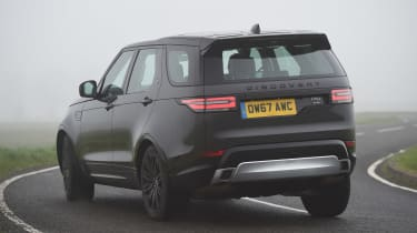 Land Rover Discovery HSE Si6 - rear