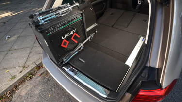 Long-term test review Volkswagen Passat Estate - load system