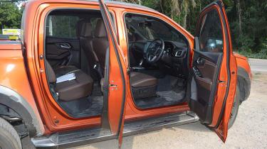 Isuzu D-Max - doors open