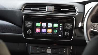 Nissan Leaf - Apple CarPlay