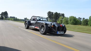 Convertible megatest - Caterham Seven 620S - front tracking
