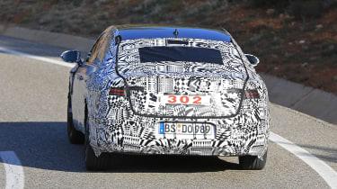 VW Arteon 2017 spy shot 2