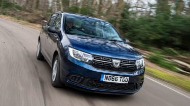Dacia Sandero facelift - front action