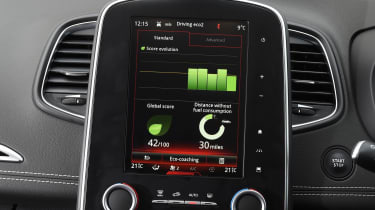 Renault Scenic - infotainment screen