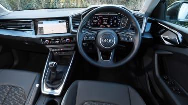Audi A1 Citycarver - dash