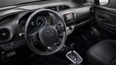2017 Toyota Yaris Facelift interior