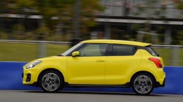 Suzuki Swift Sport - side