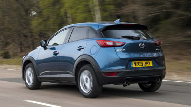 CX-3 - rear tracking