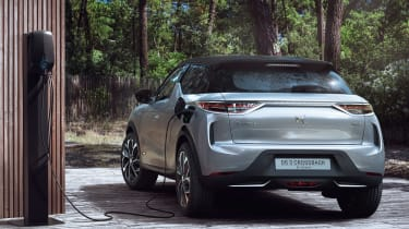 DS 3 Crossback E-Tense - charging