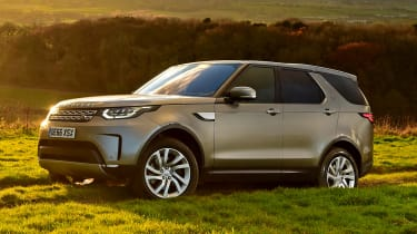 Used Land Rover Discovery 5 - front
