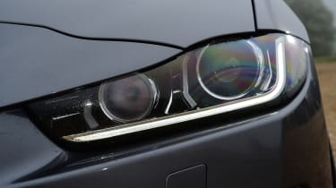 Jaguar XE - headlight