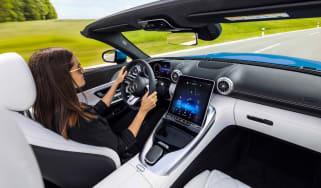 Mercedes SL - interior action