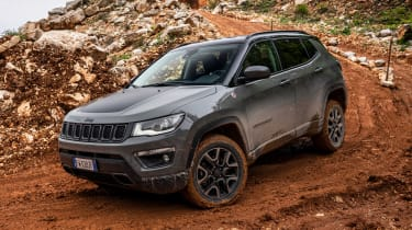Jeep Compass Trailhawk - off-road cornering