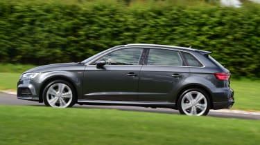 Audi A3 Sportback 2.0 TDI - side