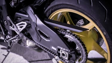 Yamaha MT-10 review - chain
