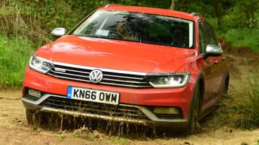 Volkswagen Passat Alltrack - mud