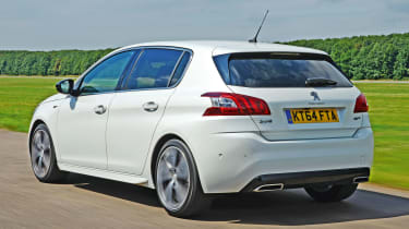 Peugeot 308 GT - rear tracking
