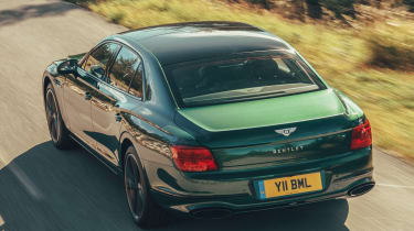 Bentley Flying Spur - rear tracking