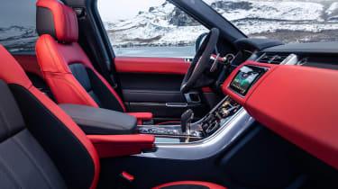 Range Rover Sport HST - cabin