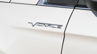 Ford Edge Vignale - Vignale badge