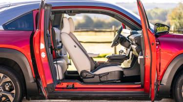 Mazda MX-30 - front seats