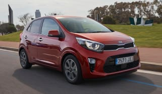 Kia Picanto 2017 - orange front tracking