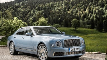 Bentley Mulsanne 2016 - front three quarter