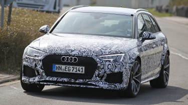 Audi RS4 Avant spies front