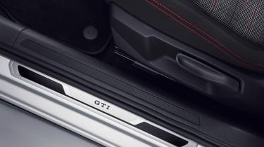 Volkswagen Polo GTI - sill