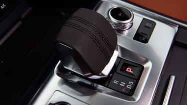 Jaguar XF facelift - interior