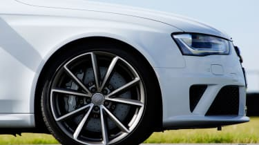 Audi RS4 front static