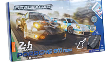 Best Scalextric and slot car sets 2017/2018 - Scalextric ARC Air 24H Le Mans Porsche 911