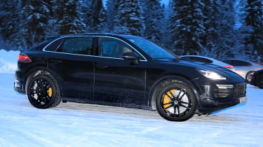 Porsche Cayenne Coupe spied - front 3/4