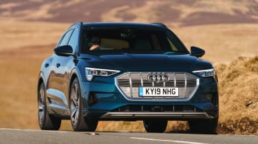 Audi e-tron - front cornering