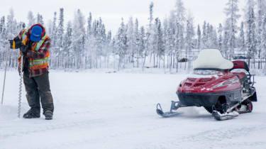 Volkswagen Tiguan drilling the ice