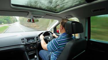 SEAT Alhambra interior driving