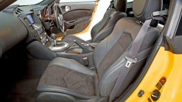 Nissan 370Z seats