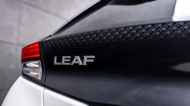 Nissan Leaf10 - badge