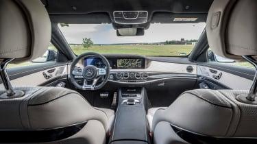 Mercedes-AMG S 63 - interior