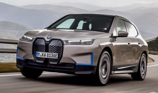 BMW iX- front