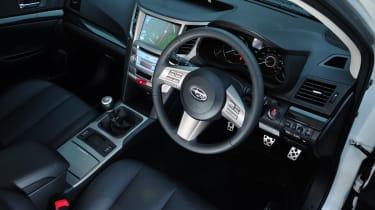 Subaru Legacy dash