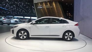 Hyundai Ioniq - Geneva - profile