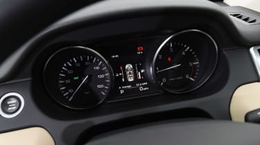 Land Rover Discovery Sport long-term - dials