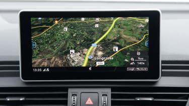 New Audi SQ5 2017 review UK - infotainment