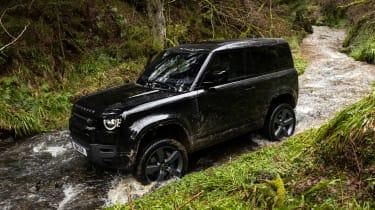 Land Rover Defender 90 V8 - above