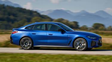 BMW i4 - side