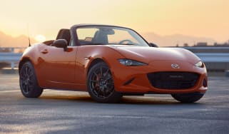 Mazda MX-5 30th Anniversary Edition - front static