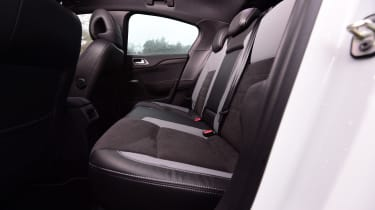 DS 4 Crossback group test - rear seats